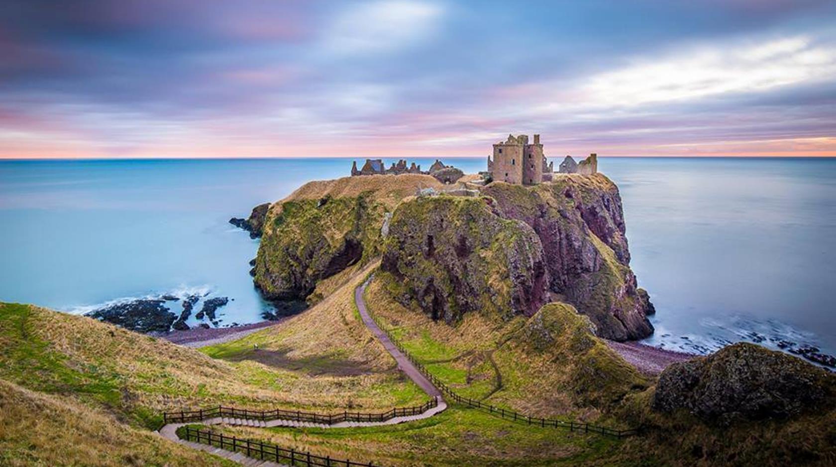 37687-dunnottar-castle-stonehaven-01