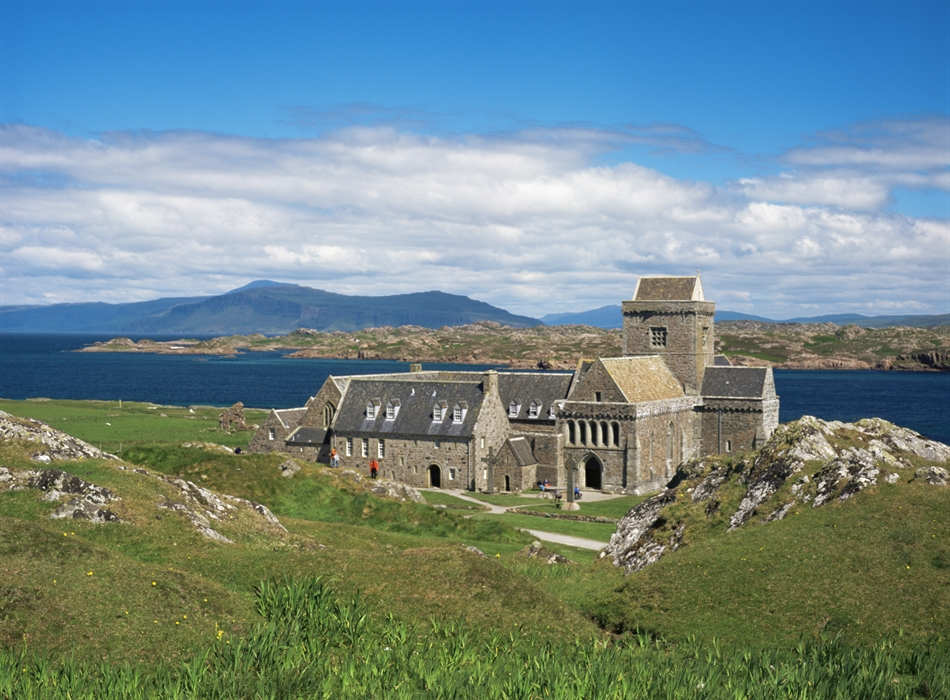 Iona Abbey_1706587634